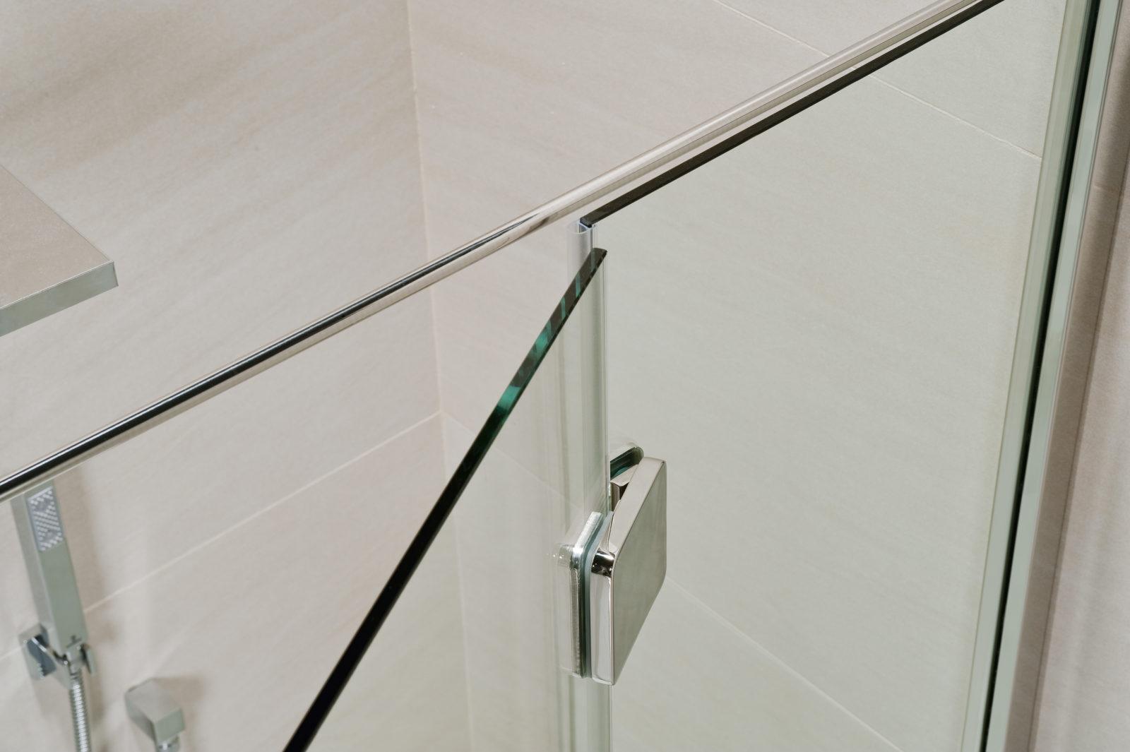 Cabina doccia a 3 lati con porta silis laterale calibe - Porta cabina doccia ...