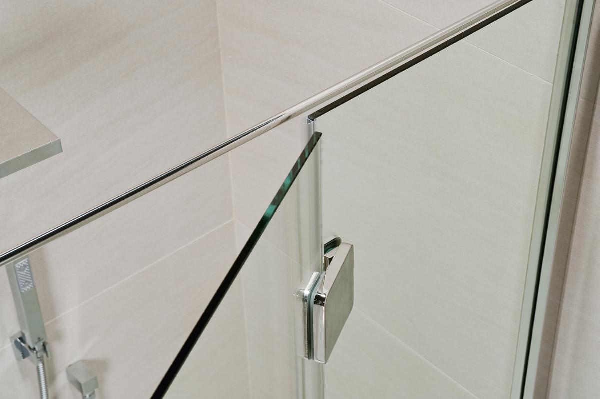 Cabina doccia angolare con muretto - Silis